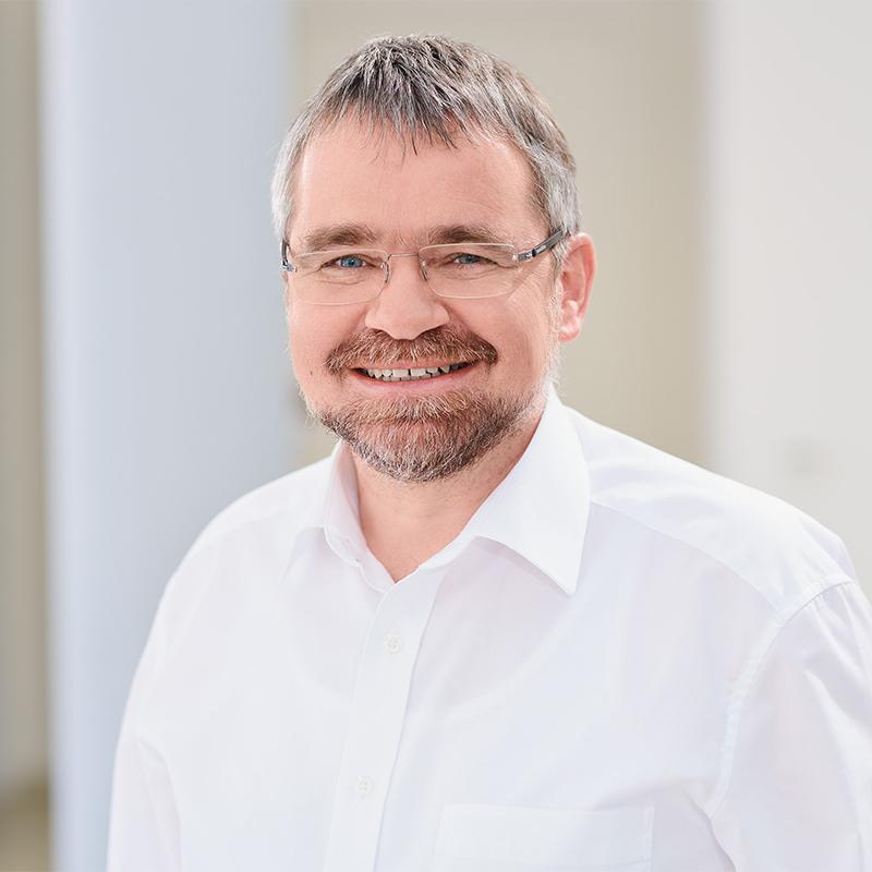 Dr. Michael Weinhold
